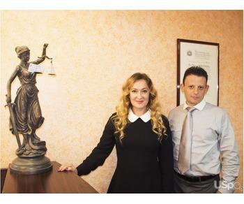 Адвокаты Александр Циринг и Галина Фельдман