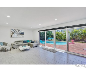 4BDR House with Pool