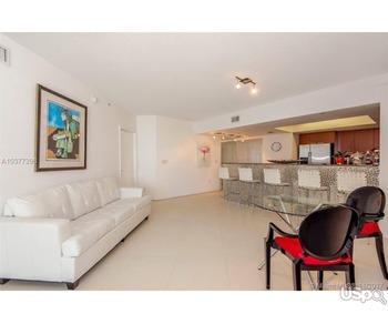 Сдаётся прекрасная квартира в Майами(Санни Айлс Бич)