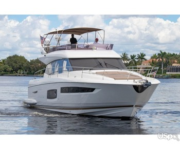 Новая Luxury яхта Prestige 550 Flybridge -58 fit