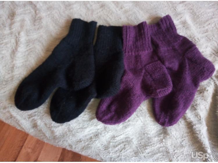 Свяжу носочки и варежки для деток и взрослых на заказ