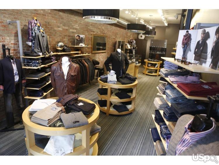 В элитный магазин мужской одежды и обуви