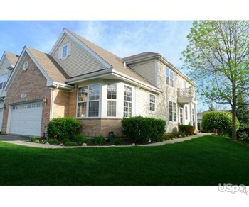 Townhouse for rent in Bartlett, IL